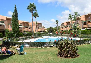 Apartamentos Jardines del Golf